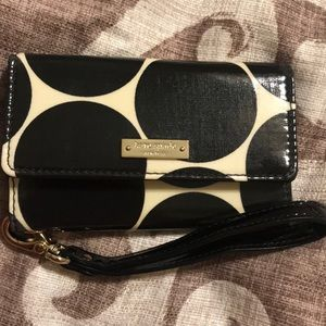 Kate spade wristlet. For small older phone